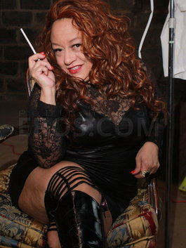 Mistress Lady Alyssa
